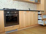 Kuchyně Brno buk masiv/lamino